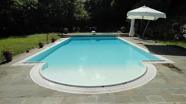 Progettazione e costruzione piscine Arezzo